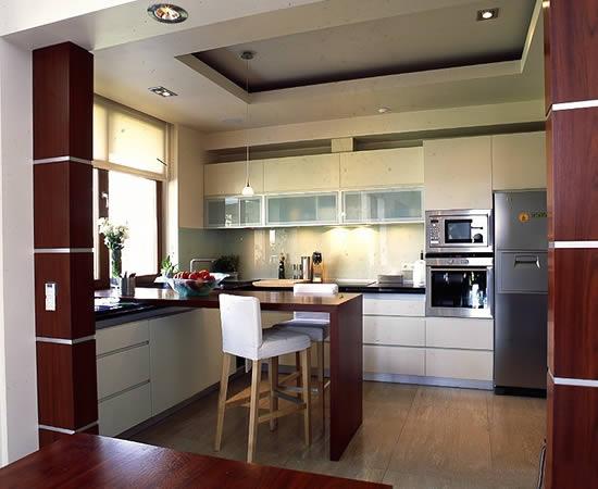 Потолок на кухне варианты отделки