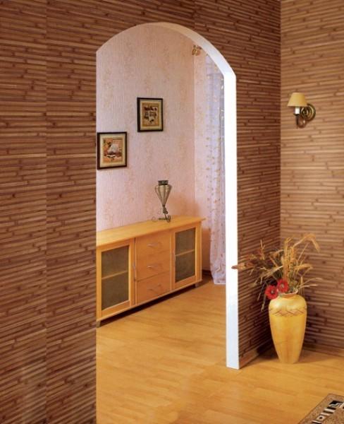 Бамбуковые обои в отделке коридора