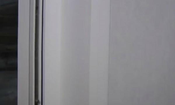F – профиль на откосе окна