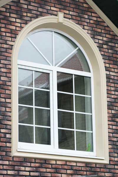 Окно с декоративной раскладкой