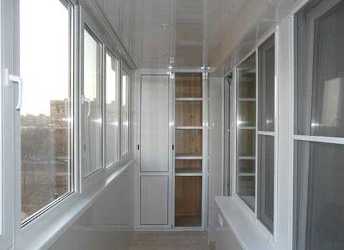Остекление и утепление при помощи металлопластиковых окон