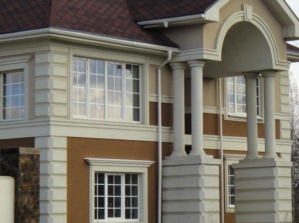 Отделка фасада особняка в классическом стиле