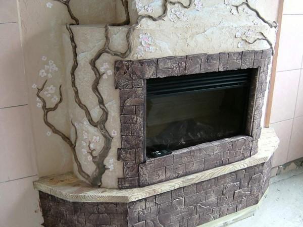 Применение декоративной штукатурки в отделке камина