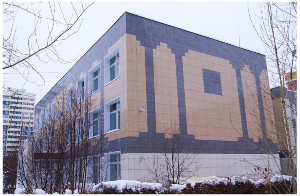 Фасад, облицованный керамогранитом