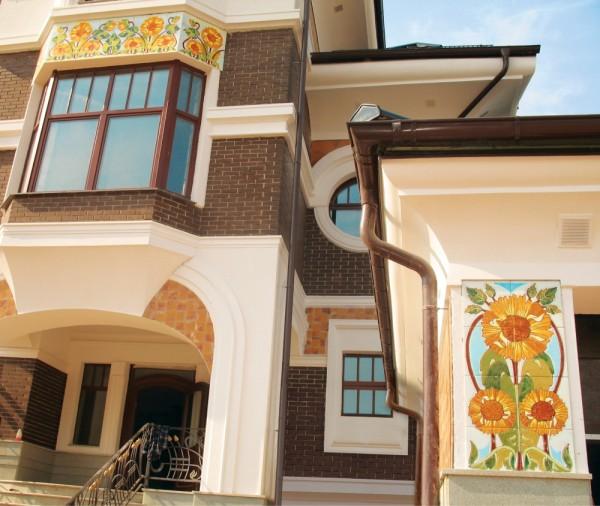 Дизайн фасада с керамической плиткой