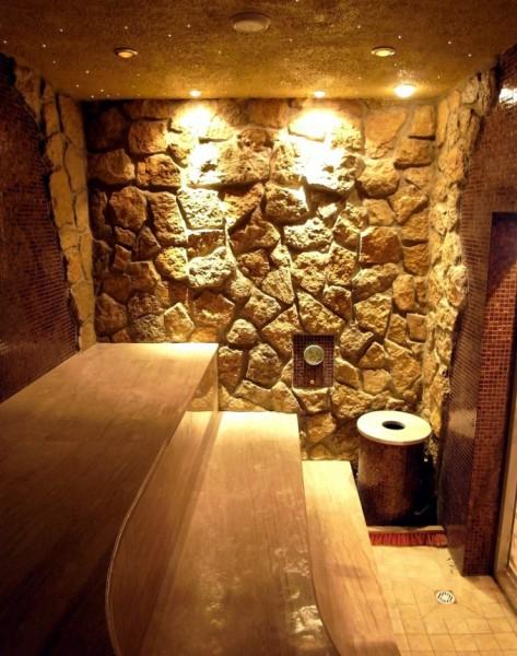 Камень в отделке бани