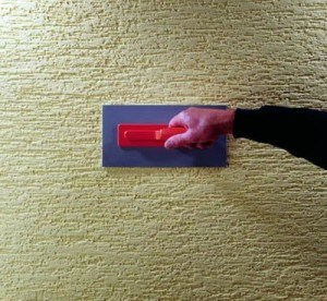 Нанесение рельефного рисунка при помощи штампа