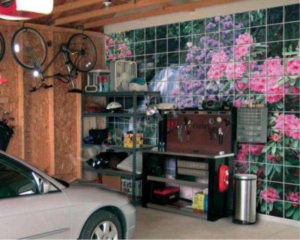 Декоративная отделка гаражной стены