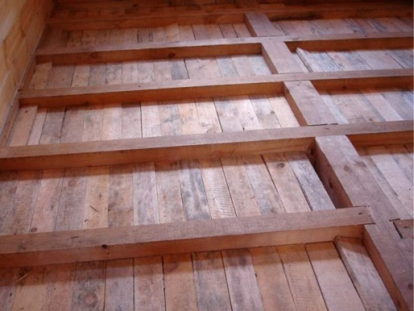 Черновой пол деревянного дома