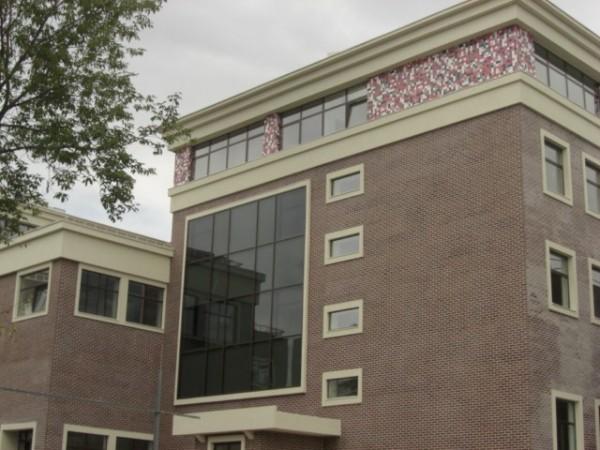 Фасад здания, облицованный термопанелями
