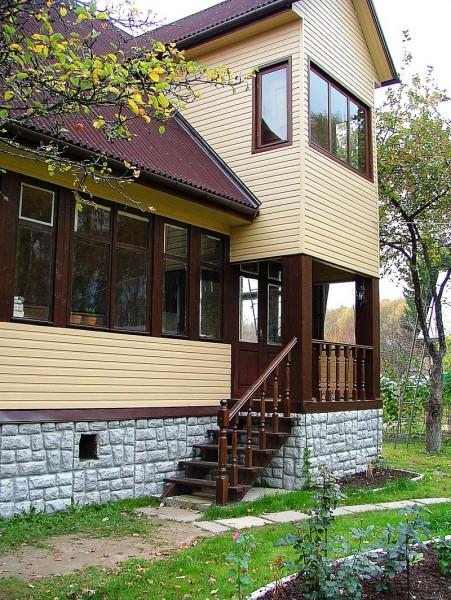 Алюминиевый сайдинг в отделке фасада частного дома