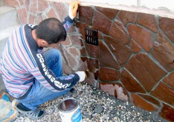 Самостоятельная внешняя отделка декоративным камнем