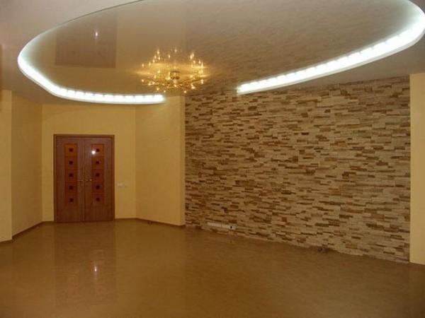 Комбинированная отделка стен в квартире