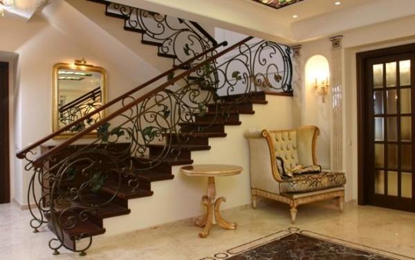 Лестница является украшением помещения