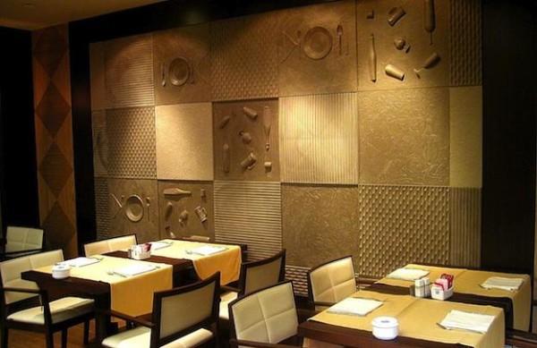 Отделка стены 3d панелями из натурального дерева