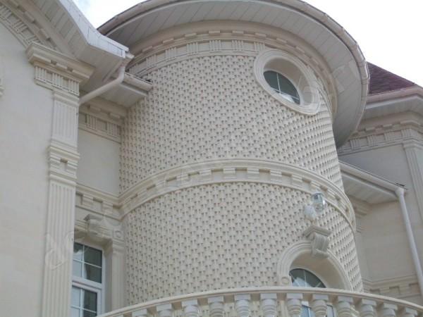 Шикарный дизайн с фасадным камнем