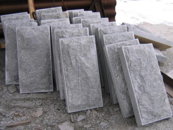 Бучардированные гранитные плиты