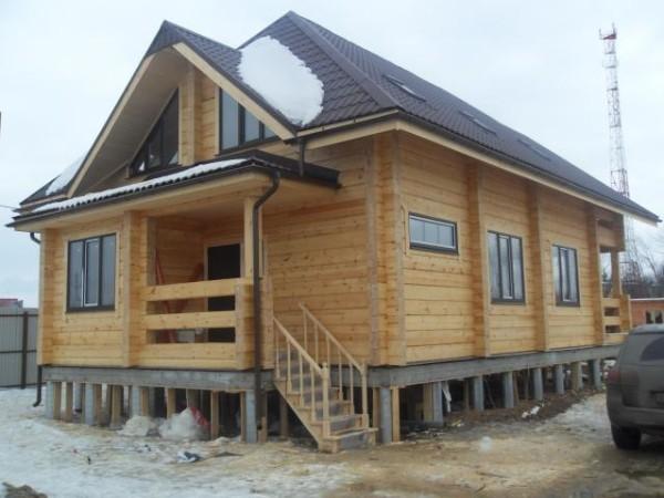 Как облицевать деревянный дом кирпичом