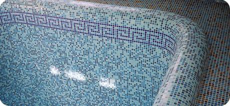 Какой материал лучше всего использовать для отделки бассейнов