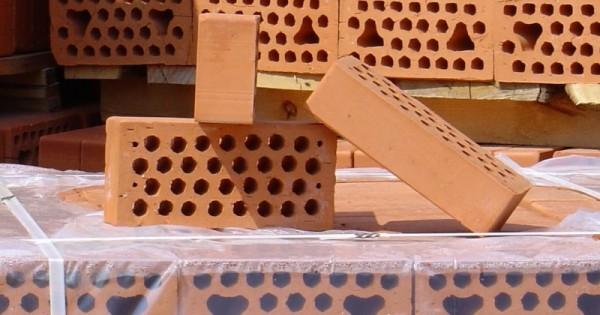 Особенности керамического кирпича