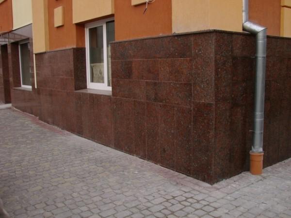 Пример отделки керамогнитной плиткой