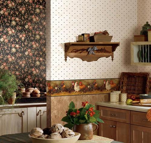 Дизайн кухни с панелями и обоями