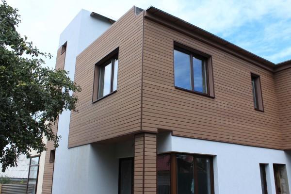 Фасадная облицовка деревянного дома: планкен