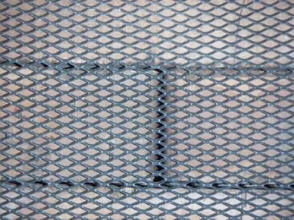 Армирующая сетка для облицовки цоколя