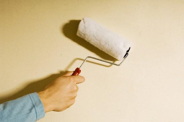 Грунтовка стен под жидкие обои – обязательный технологический этап