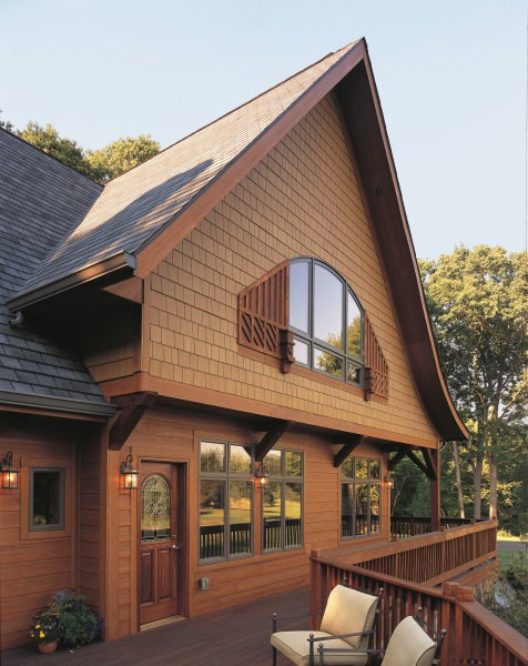 Комбинированная отделка деревянного фасада