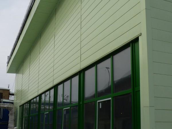 Облицовка наружных стен здания алюминиевым сайдингом