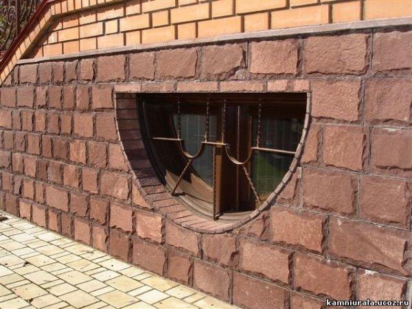 Облицовываем бетонный цоколь