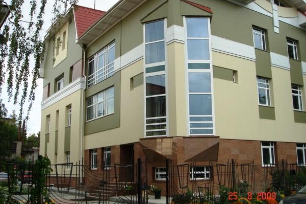 Административный фасад, облицованный панелями Полиалпан