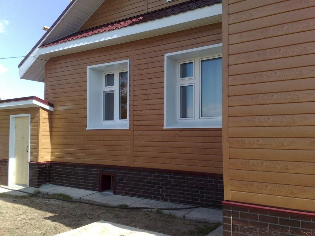 Фото фасадов домов металлосайдинг