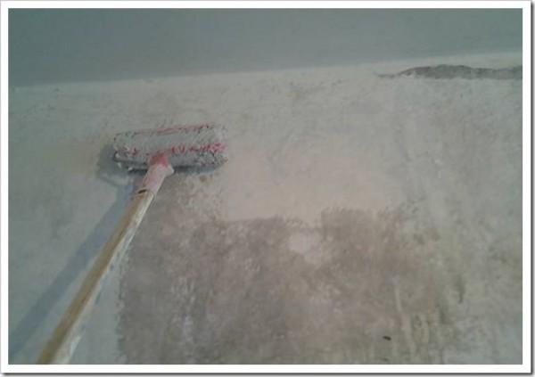 Нужно ли перед шпаклевкой грунтовать стены