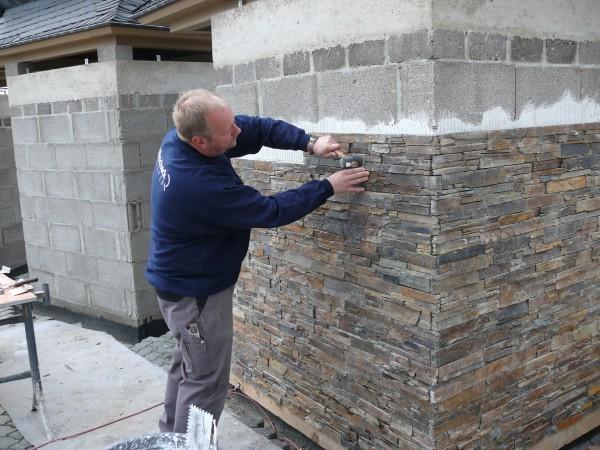 Монтаж камня клеевым способом