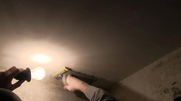 Шлифовка потолка с подсветкой