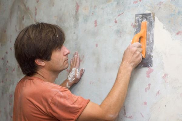 Выравнивание стен под кафельную облицовку