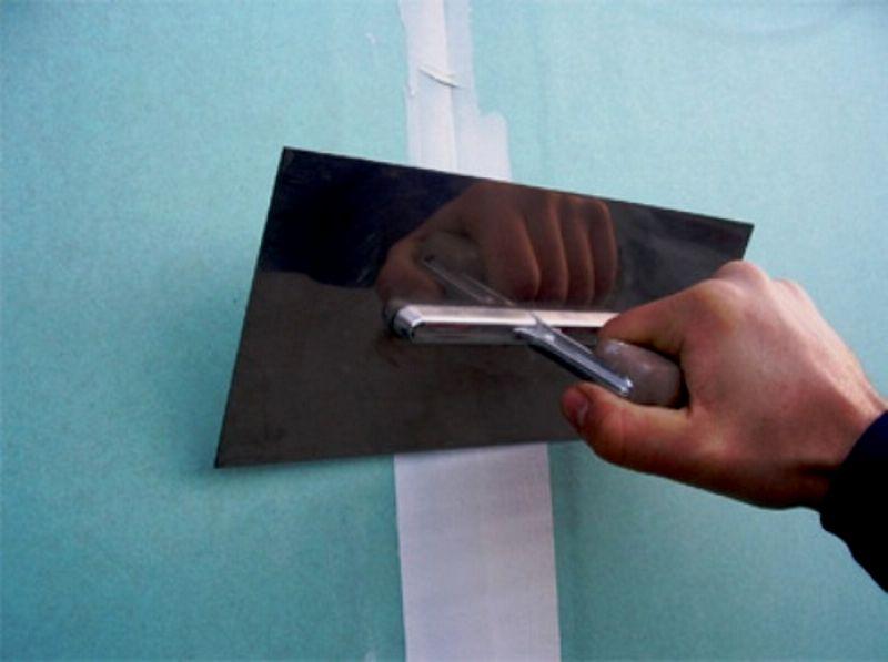 Как зашпаклевать гипсокартон своими руками видео