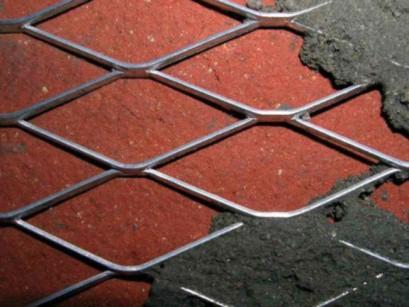 Нанесение сетки на стену