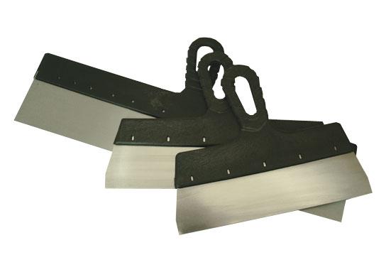 Шпатель – основной инструмент отделочника