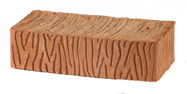 Рядовой кирпич с нанесённым на грани рельефом