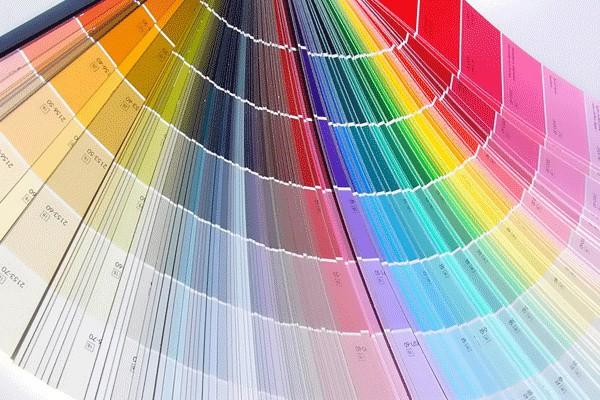 В крупных строительных маркетах колеровка обычно производится бесплатно, желаемый цвет выбирается по колеровочной таблице