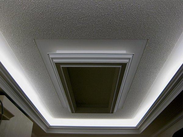 Вариант для потолка: декоративная штукатурка с зернистой структурой