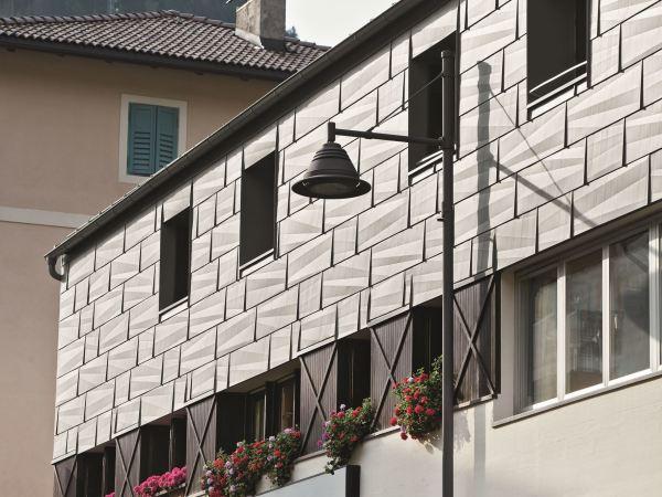 Облицовочные металлические панели в дизайне фасада