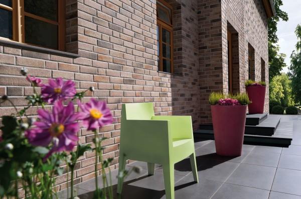 Облицовка дома керамической плиткой