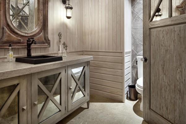 Отделка в ванной в деревянном доме