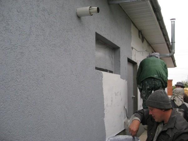 Декоративное оштукатуривание фасада