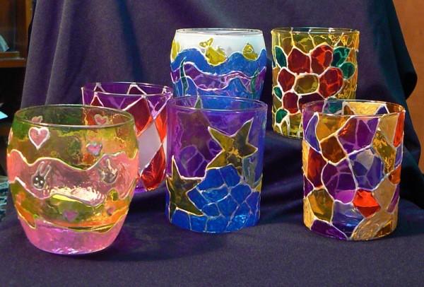 Готовые стаканы, расписаны и обожжены