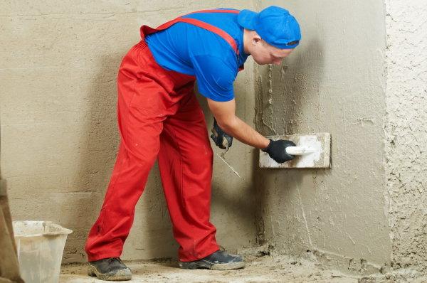 Как сделать цементно песчаную штукатурку и выравнивать